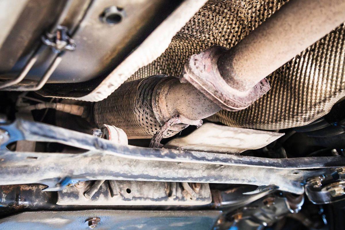 Wycieki płynów samochodowych, jakie noszą za sobą zagrożenia?