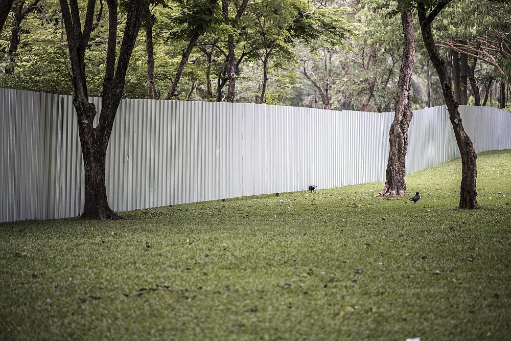 Czym cechują się ogrodzenia aluminiowe żaluzjowe?